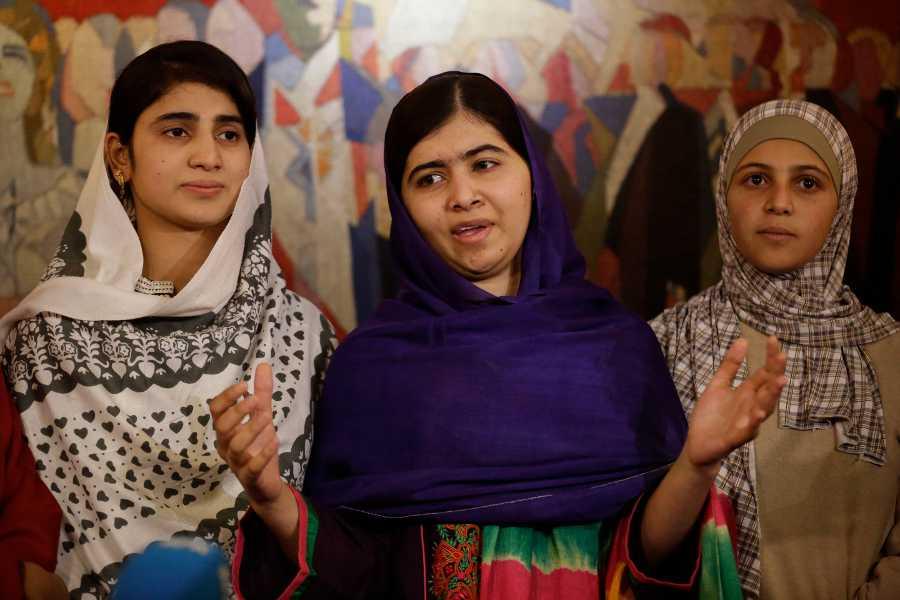 malala yousafzai friends nobel peace prize ceremony