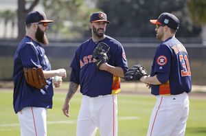 Astros Avoid Salary Arbitration