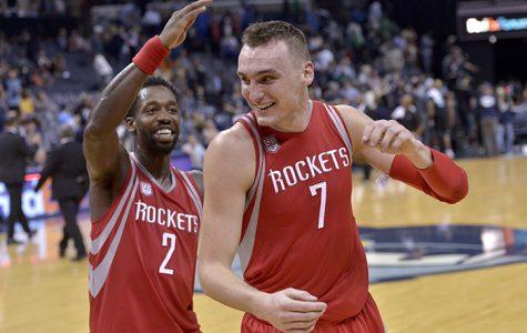 Rockets Bounce Back in Memphis