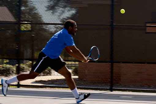 Andrew+Crews%2C+HCC+student+tennis+athlete.+