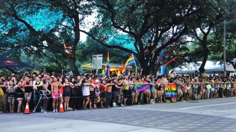 Over 60,000 celebrate pride downtown