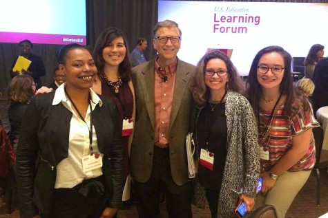 Far left is The Egalitarian News Editor Jimmieka Mills; Center is Bill Gates; far right is The Egalitarian Staff Writer Marialuisa Rincon. Bill Gates poses for pictures with attendees at the first U.S. Education Learning Forum Oct. 06, held in Bellvue, WA.
