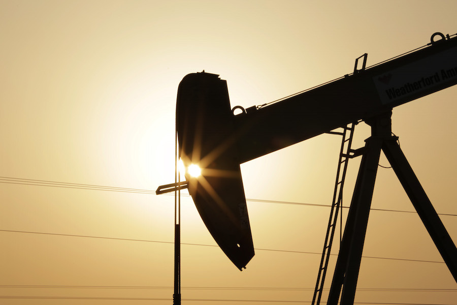 An+oil+pump+works+at+sunset+Wednesday%2C+Sept.+30%2C+2015%2C+in+the+desert+oil+fields+of+Sakhir%2C+Bahrain.++Consumer+prices+across+the+19-country+eurozone+fell+in+September+for+the+first+time+in+half+a+year+as+energy+prices+tanked%2C+official+figures+showed+Wednesday%2C+in+a+development+that%27s+likely+to+ratchet+up+pressure+on+the+European+Central+Bank+to+give+the+region+more+stimulus.+The+0.1+percent+annual+decline+reported+by+Eurostat%2C+the+EU%27s+statistics+office%2C+was+widely+anticipated+following+the+recent+drop+in+global+oil+prices.+%28AP+Photo%2FHasan+Jamali%29