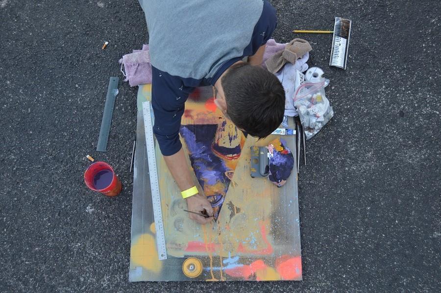 Joseph Lakata (@joe.la) freestyling art at Houston Whatever Fest