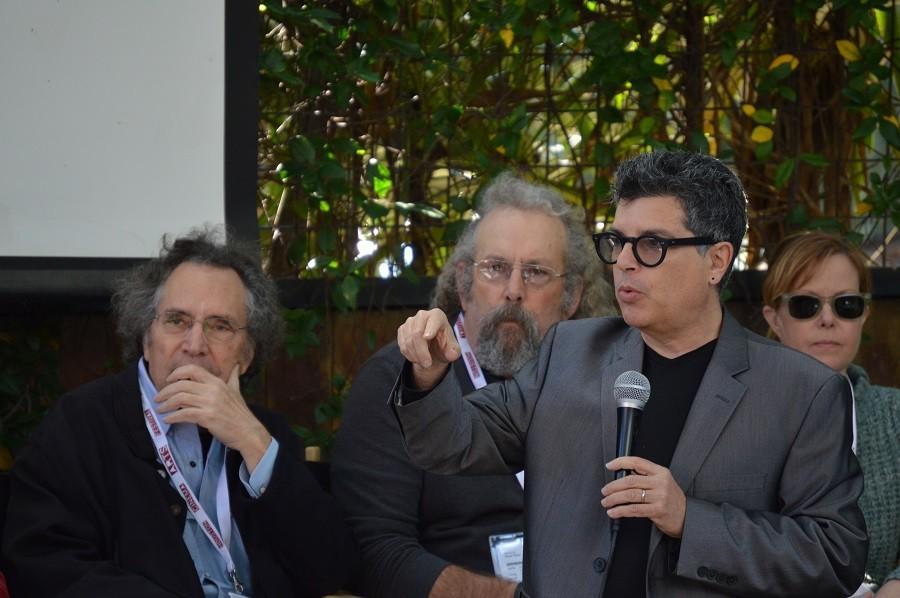Richard Herskowitz introduces filmmakers.