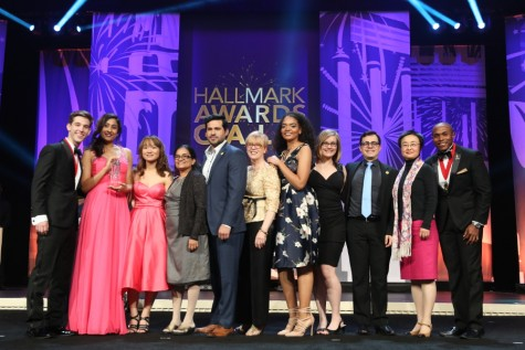 Members and advisers of HCC's Omega Sigma receive one of their four Hallmark Awards at Phi Theta Kappa Honor Society's annual international convention on April 9 in National Harbor, Maryland. Left to Right: International VP Joe Spieldenner, Public Relations Officer Angie Chacko, VP Jessica Nguyen, Adviser Eunice Kallarackal, President Ivan Lopez, Adviser Dr. Gisela Ables, VP Carina Watson, member Alyssa Foley, VP Alexandre Soares, Adviser Dr. Minh He, International President Yanik Etan.