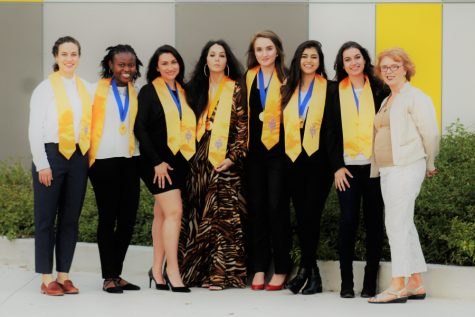 The 2017-2018 Phi Theta Kappa – Omega Sigma officers. From left to right is Sarah Stockman, Glory Tomi John, Jennifer Soto, Elisa Cardenas, Emona Hyensi, Hasfa Arshada, Adela Zyda, and Advisor Dr. Gisela Ables. Image courtesy of Omega Sigma / Zohair Mirza.