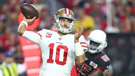Jimmy G scores 4 touchdowns in a scary Halloween game against the Cardinals. The 9ers maintain their undefeated record, winning 25-28.