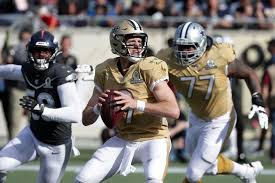NFC QB Drew Brees passes against the AFC defense during the first quarter of the  2020 Pro Bowl in Orlando.