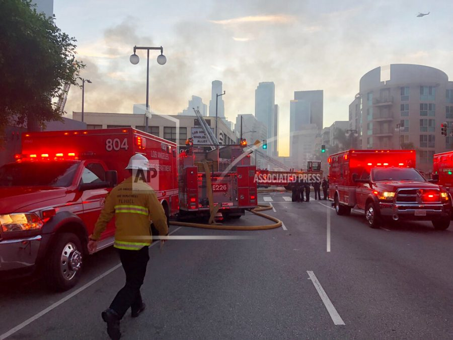 Fire explosion in Los Angeles injures 11 firefighters