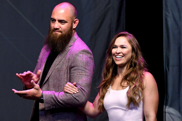 Ronda+Rousey+announces+pregnancy+with+husband+Travis+Browne